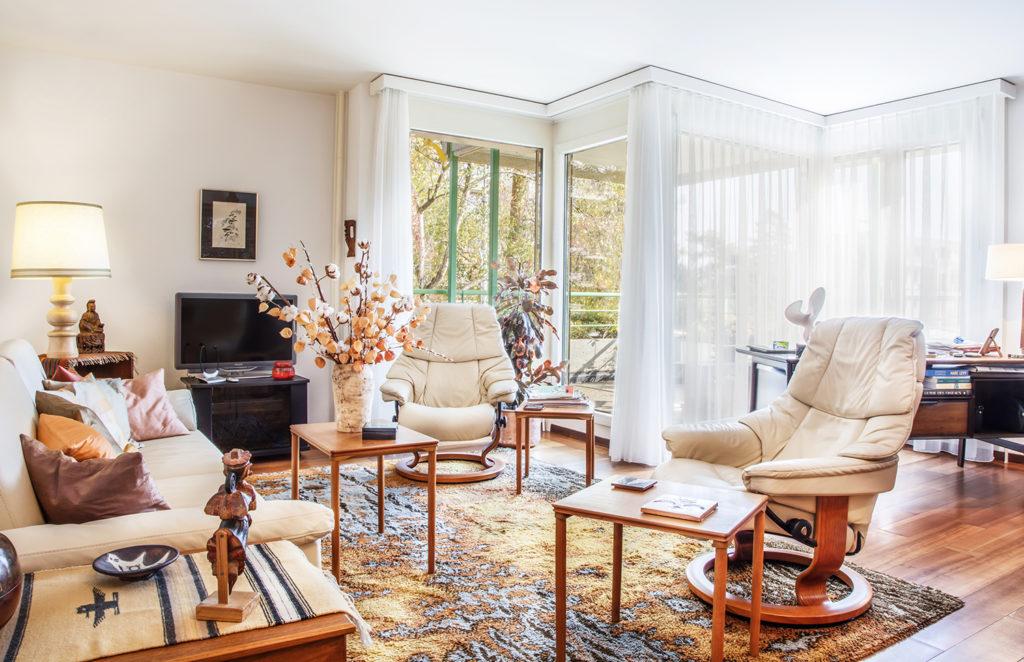 Des studios confortables aux appartements pour couple avec balcon à la Résidence pour personnes âgées Colladon. Petit-Saconnex Genève