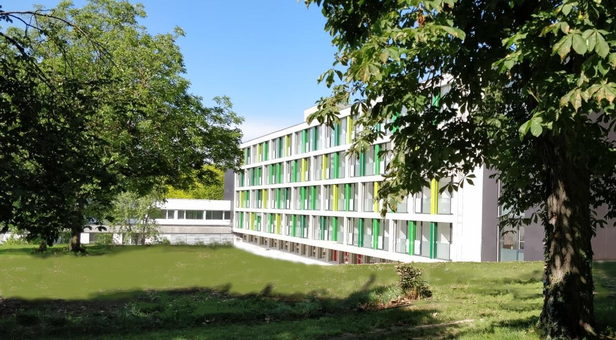 Le nouveau bâtiment des Azalées ouvre ses portes le 15 septembre 2019. Moderne et bien équipé, il complète l'offre en EMS.