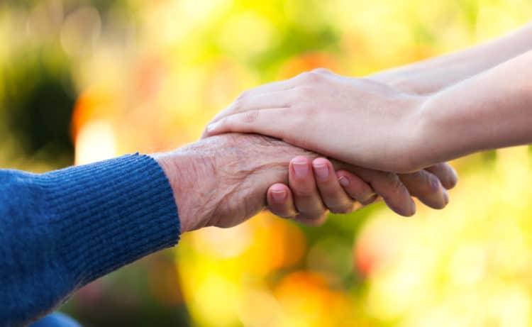 Devenez bénévole auprès de nos aînés